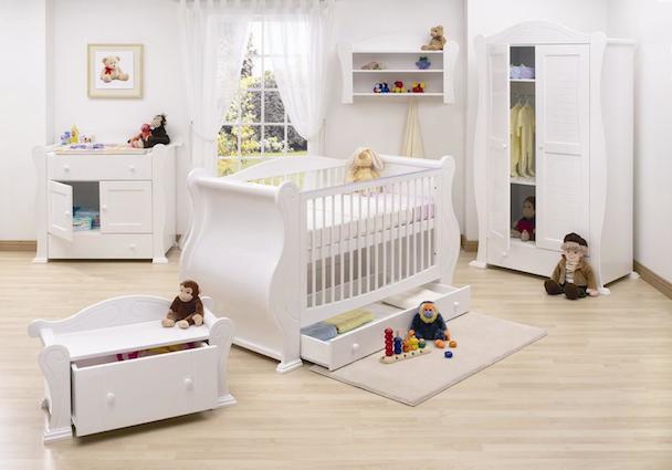 Móveis do quarto do bebê.